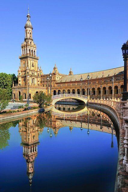 Agencia de traducción en Sevilla